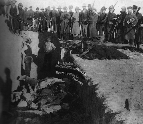 Mass burial after Wounded Knee Massacre