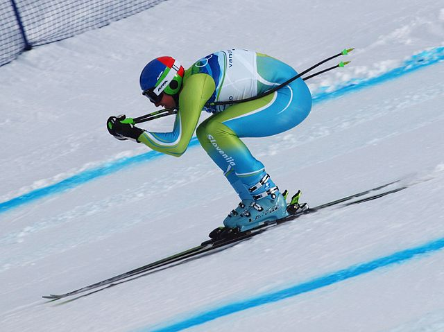 ... downhill course is -- a) skeleton b) curling c) cross-country skiing